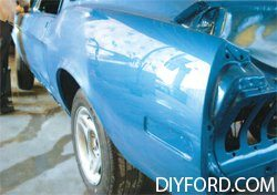 [How to Apply Stripes and Polish Your Mustang - Restoration Guide] 1