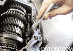 [How to Disassemble the Manual Transmission in a Mustang - Step by Step] 1