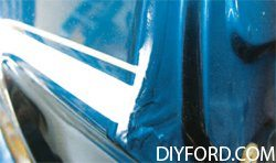 [How to Apply Stripes and Polish Your Mustang - Restoration Guide] 8