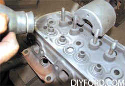 [Mustang Cylinder Block Head Prep and Engine Disassembly] 6