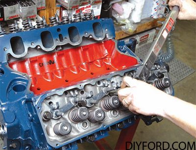 How to Build a Ford 351 Cleveland Stroker 10