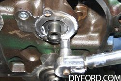 How to Install the Camshaft in Your Ford Big Block Engine 1
