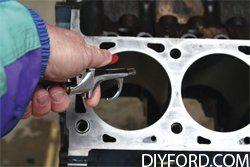 How to Prepare Your Big-Block Ford Engine for Assembly 4