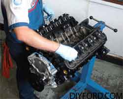 [How to Install Heads and Assemble the Small-Block Ford Top End]9