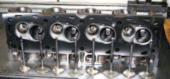 Ford Big-Block Guide: How to Refurbish the Cylinder Heads Step by Step