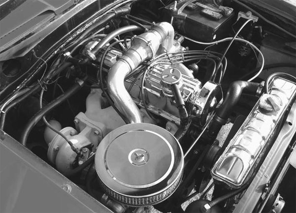 Under the hood, the Pangras were equipped with a turbocharged 2.0-liter and water injection to control detonation at higher boost levels. This combination was stated to produce approximately 175 to 200 hp.