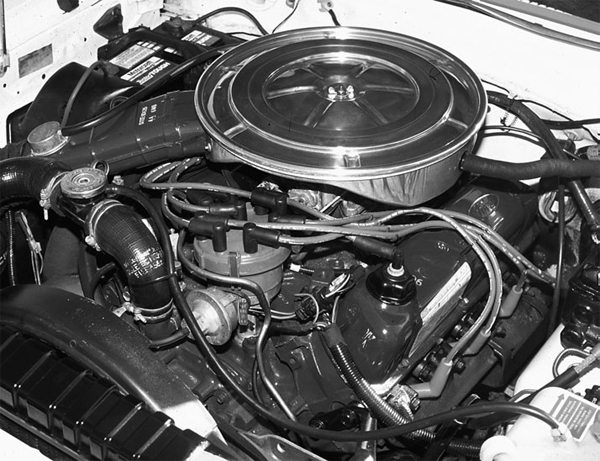For 1968, Ford introduced the 302ci smallblock based on the 90-degree Fairlane V-8. Externally, the 302 can't be distinguished from the 289 that it replaced. This is a 1978 302-2V V-8. Note the aluminum air cleaner, first used in 1978.