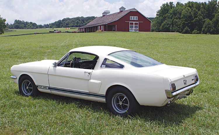 With the standard wheels now being sportier than the original painted steel wheels of 1965, even a 1966 ordered with no appearance options (deluxe wheels or top stripes) was a spiffy-looking car. Despite the availability of other colors, the traditional white-with-bluestripes was still the most popular color scheme, accounting for almost 40 percent of the 1966 GT350s built that year.