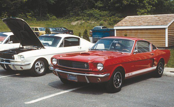 CT507_FULLBOOK_ShelbyMustangGuide_Page_108_Image_0002