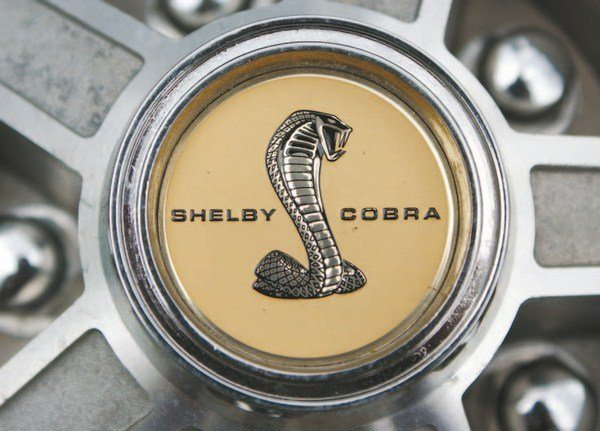 Like the Mag-Star, the 10-spoke center cap also used a gold SHELBY COBRA decal affixed to a cast-metal cap, which was screwed to the center of the aluminum wheel.