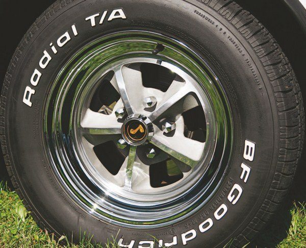 For 1969, Shelbys offered only one type of wheel, aluminum and chrome five-spoke design. Initially, the wheel consisted of a aluminum center pressed into a steel rim, later versions had riveted centers. While no optional wheel was offered, an optional F60-15 tire was available (instead of the standard E70-15).