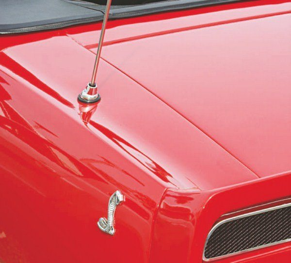 While some earlier-year Shelbys had the radio antenna relocated to the rear quarter panel in an attempt to alleviate radio static, 1969 cars placed it there beginning with Job One.